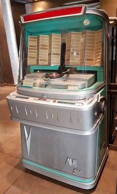 Jukebox AMI 200-03ASD