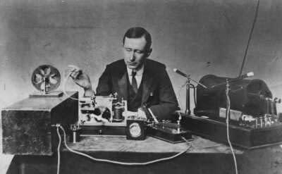 Guglielmo Marconi 1901 señal sin hilos